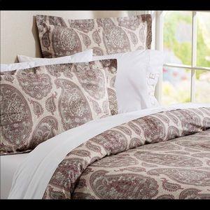 Pottery Barn Duvet Cover & Pillows